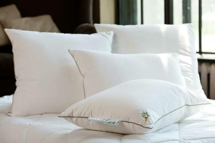 Подушка средняя «Мята Антистресс». Наполнитель бамбуковое волокно. Ткань 100% хлопок-сатин. Производство Россия, ТМ «Натурес» («Nature's»)