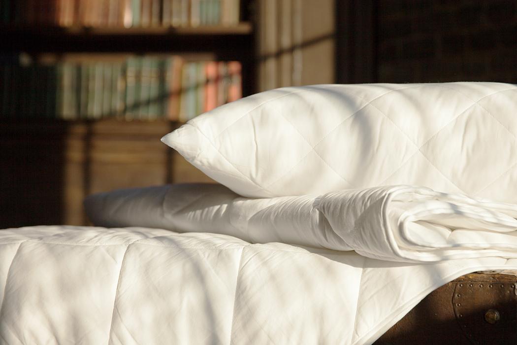 картинка кровать с подушками отважный, сейчас твоим