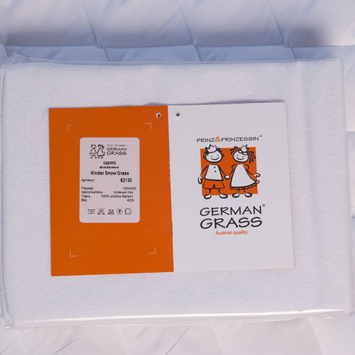 Комплект KINDER STOP GRASS (наволочка + наматрасник-чехол). German Grass (Герман Грасс), Австрия