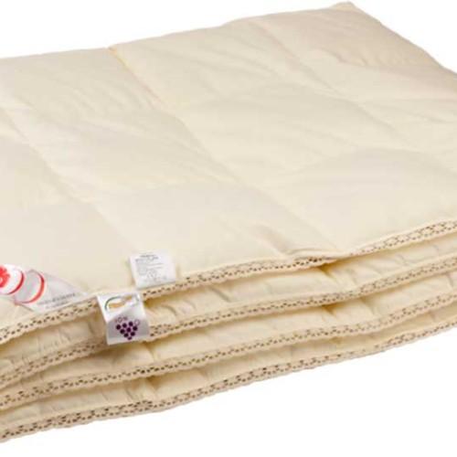 Приданное. Всесезонное пуховое кассетное одеяло. Одеяло 50% гусиный пух, 50% перо. Одеяло пуховое «Серафимосвская Пушинка», Россия