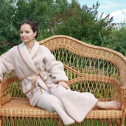 Халат унисекс «Лама». Состав 100% шерсть мериноса. Производство ТМ «Magicwool», Россия