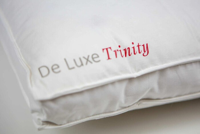 Подушка пуховая мягкая «De Luxe-Trinity soft»  белый гусиный пух-перо. Производитель ТМ Kauffmann (Кауфман), Германия