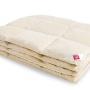 «Камелия» бежевое. Легкое пуховое кассетное одеяло. 90% серый гусиный пух (экстра), 10% перо. Лёгкие сны, Россия