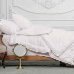 «Trois Couronnes Luxury Silk» Всесезонное шелковое стеганое одеяло. 100 % натуральный шелк Mulberry. ТМ «Trois Couronnes», Швейцария