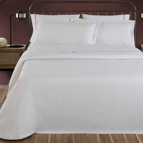 «Lumatex арт. Lucot201 white» покрывало жаккардовое . Состав 80% хлопок, 20% полиэстер. Производство ТМ «Lumatex», Португалия